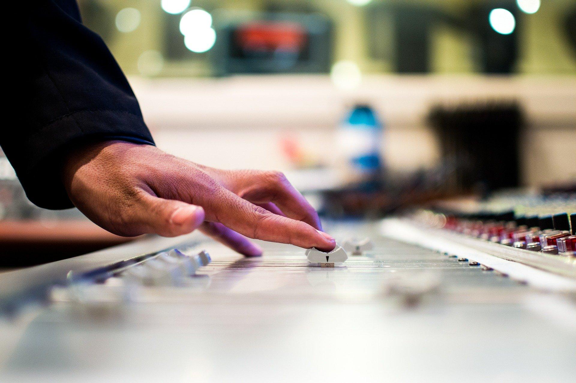 cómo promocionar tu música